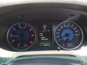 Toyota Hilux 2.8 GD-6 Raider 4X4D/C automatic - Image 6