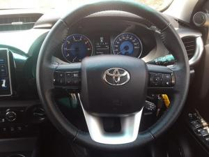 Toyota Hilux 2.8 GD-6 Raider 4X4D/C automatic - Image 8