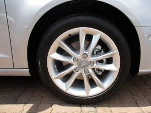 Audi A3 Sportback 1.0 Tfsi Stronic - Image 11