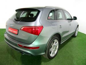 Audi Q5 2.0 T FSI Quattro S Tronic - Image 3