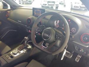 Audi RS3 Sportback Stronic - Image 9