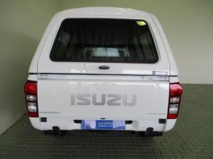 Isuzu KB 250D Leed FleetsideS/C - Image 32