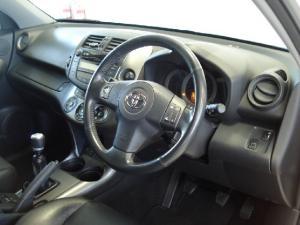Toyota RAV4 2.2D-4D VX - Image 16