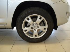 Toyota RAV4 2.2D-4D VX - Image 23