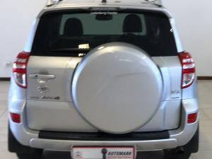 Toyota RAV4 2.2D-4D VX - Image 3
