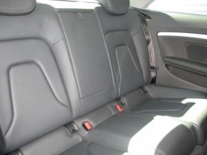 Audi A5 2.0 TDI Multi - Image 10
