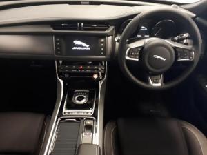 Jaguar XF 20d R-Sport - Image 5