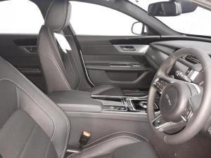 Jaguar XF 20d R-Sport - Image 6
