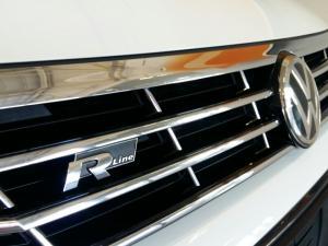 Volkswagen Passat 2.0 TSI R-LINE DSG - Image 3