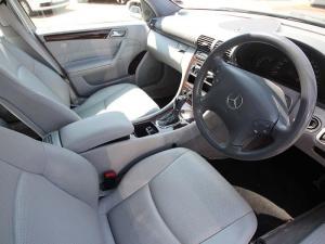 Mercedes-Benz C 200K Classic - Image 7