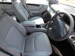 Mercedes-Benz C 200K Classic - Image 9