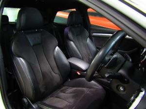 Audi S3 Stronic 3-Door - Image 6