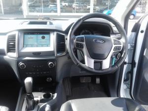 Ford Everest 3.2 XLT - Image 4