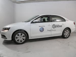 Volkswagen Jetta GP 1.6 Conceptline - Image 10