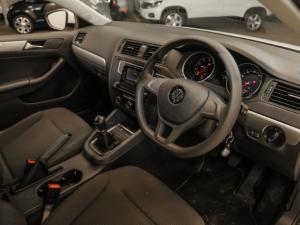 Volkswagen Jetta GP 1.6 Conceptline - Image 4