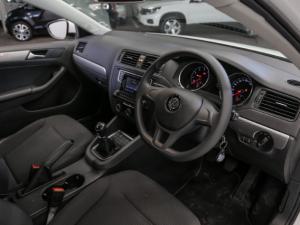 Volkswagen Jetta GP 1.6 Conceptline - Image 5