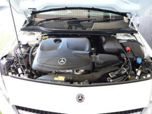 Mercedes-Benz A 200 Urban automatic - Image 2
