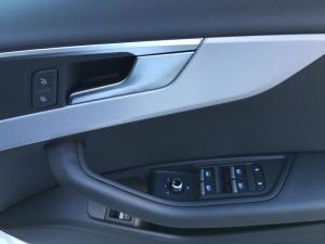 Audi A4 2.0T FSI Sport Stronic - Image 17
