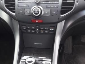 Honda Accord 2.2 iD-TEC Executive - Image 6
