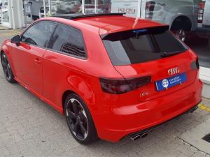Audi S3 Stronic 3-Door - Image 3