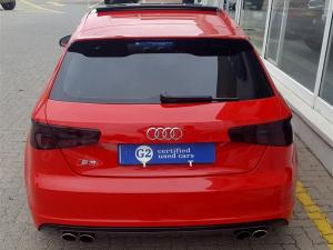 Audi S3 Stronic 3-Door - Image 5