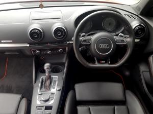 Audi S3 Stronic 3-Door - Image 7