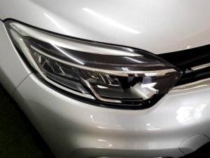 Renault Captur 1.2T Dynamique 5-Door - Image 18