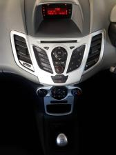 Ford Fiesta 5-door 1.6 Ambiente - Image 6