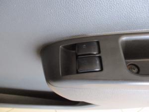 Chevrolet Spark 1.2 L 5-Door - Image 2