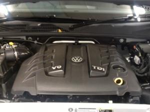 Volkswagen Amarok 3.0 TDi H-LINE 4MOT automatic D/C - Image 8