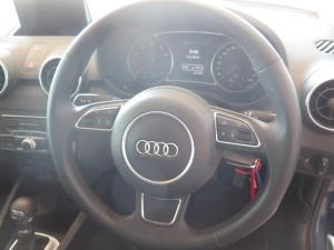 Audi A1 1.0T FSi S Stronic 3-Door - Image 8