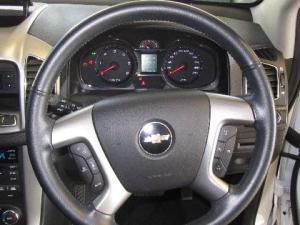 Chevrolet Captiva 2.2D LT automatic - Image 13