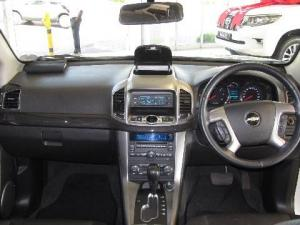 Chevrolet Captiva 2.2D LT automatic - Image 14