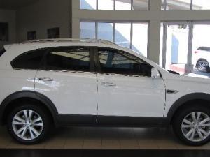 Chevrolet Captiva 2.2D LT automatic - Image 9