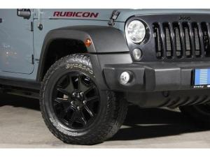 Jeep Wrangler Unlimited 3.6L Rubicon - Image 2