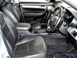 Kia Sorento 2.2 AWD automatic 7 Seat - Image 14