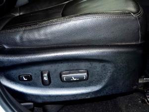 Kia Sorento 2.2 AWD automatic 7 Seat - Image 29