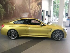 BMW M4 Coupe M-DCT Competition - Image 11