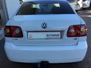 Volkswagen Polo Vivo sedan 1.6 Comfortline - Image 3