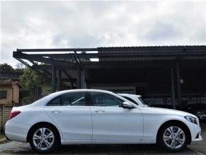 Mercedes-Benz C220 Bluetec Avantgarde automatic - Image 2
