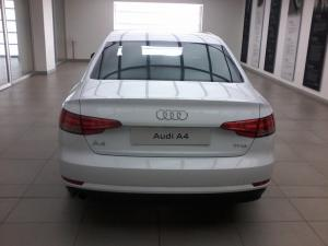 Audi A4 1.4T FSI - Image 7