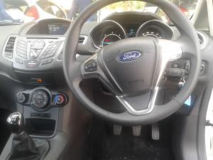 Ford Fiesta 5-door 1.5TDCi Trend - Image 8