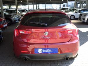 Alfa Romeo Giulietta 1.8T Quad Verde 5-Door - Image 4