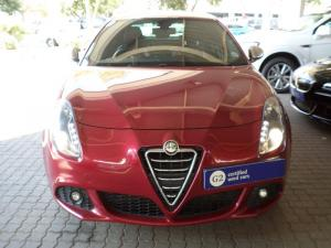 Alfa Romeo Giulietta 1.8T Quad Verde 5-Door - Image 5
