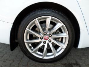 Jaguar XF 3.0 Supercharged Premium Luxury - Image 11