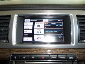 Jaguar XF 3.0 Supercharged Premium Luxury - Image 8