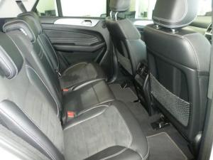 Mercedes-Benz ML 350 Bluetec - Image 10