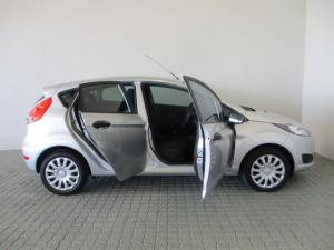Ford Fiesta 1.4 Ambiente 5 Dr - Image 9