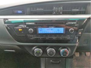 Toyota Corolla 1.6 Esteem - Image 10