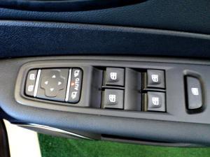 Renault Captur 900T Dynamique 5-Door - Image 27